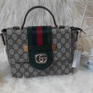 Bags 10 x 7 x 4 green